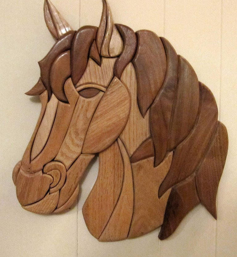 106INT - Intarsia Horse Head Wall Art